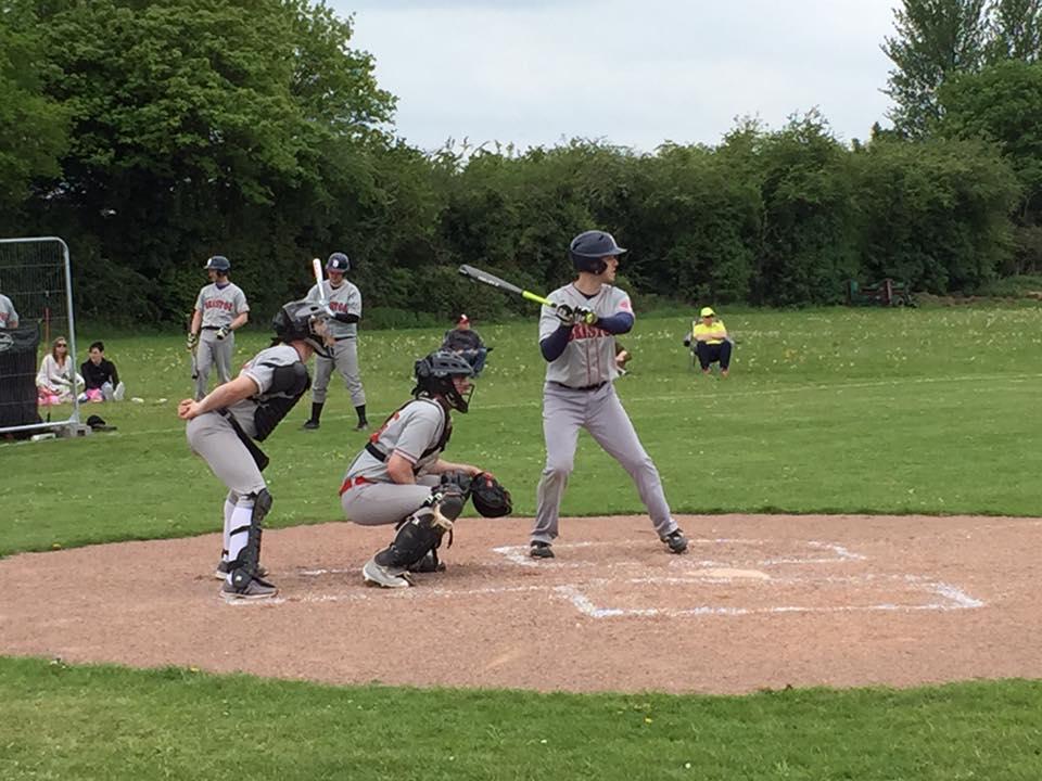Tom H batting